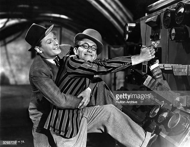 Arthur Askey and his comic partner Richard Murdoch star in the Gainsborough comedy 'Band Wagon' directed by Marcel Varnel