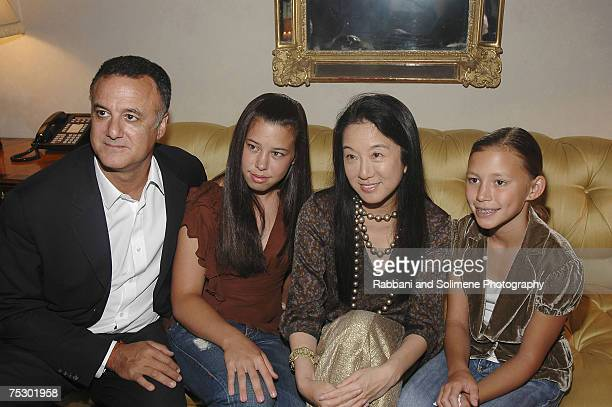 Arthur Becker, Cecilia Becker, Vera Wang and Josephine Becker