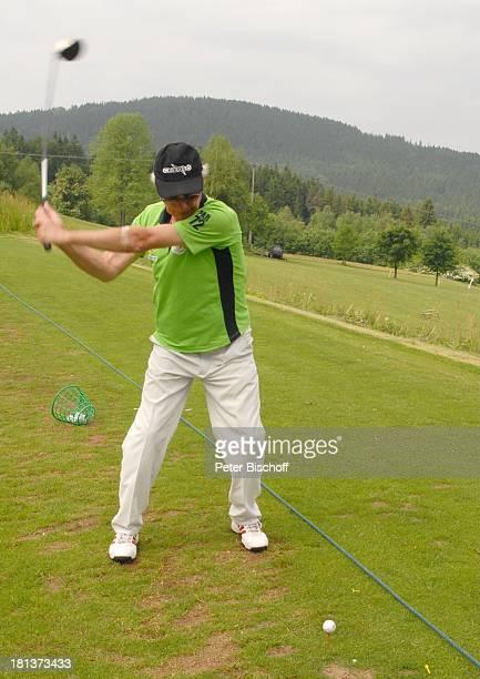 Arthur Brauss BenefizGolfTurnier des PromiCharityGolfClubs Eagles zugunsten des parkinsonkranken ExStarTenor P E T E R H O F M A N N GolfHotel...
