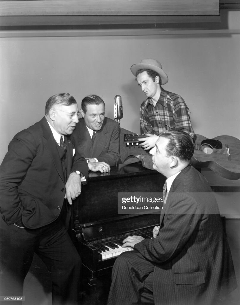 Stars of Pipe Smoking Time on CBS with Woody Guthrie : News Photo