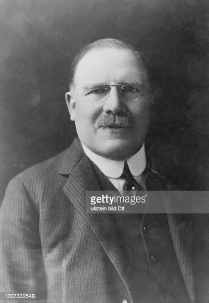 Arthur James Balfour 1st Earl of Balfour *25071848 British politician and Prime Minister Vintage property of ullstein bild