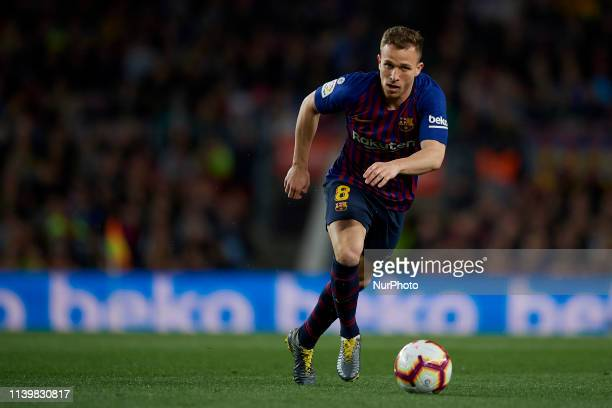 Arthur Melo of Barcelona controls the ball during the La Liga match between FC Barcelona and Levante UD at Camp Nou on April 27 2019 in Barcelona...