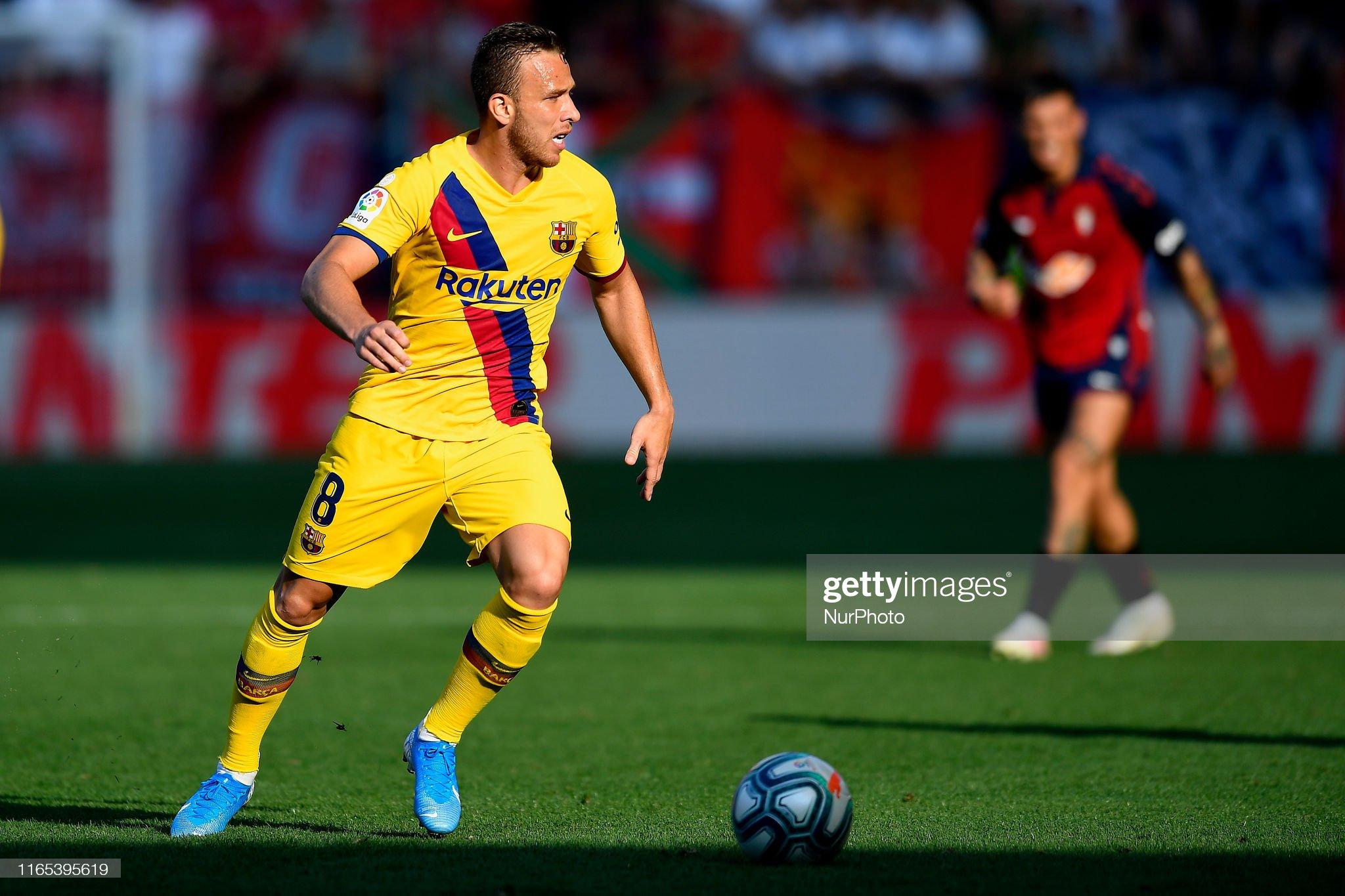 صور مباراة : أوساسونا - برشلونة 2-2 ( 31-08-2019 )  Arthur-melo-of-barcelona-in-action-during-the-liga-match-between-ca-picture-id1165395619?s=2048x2048