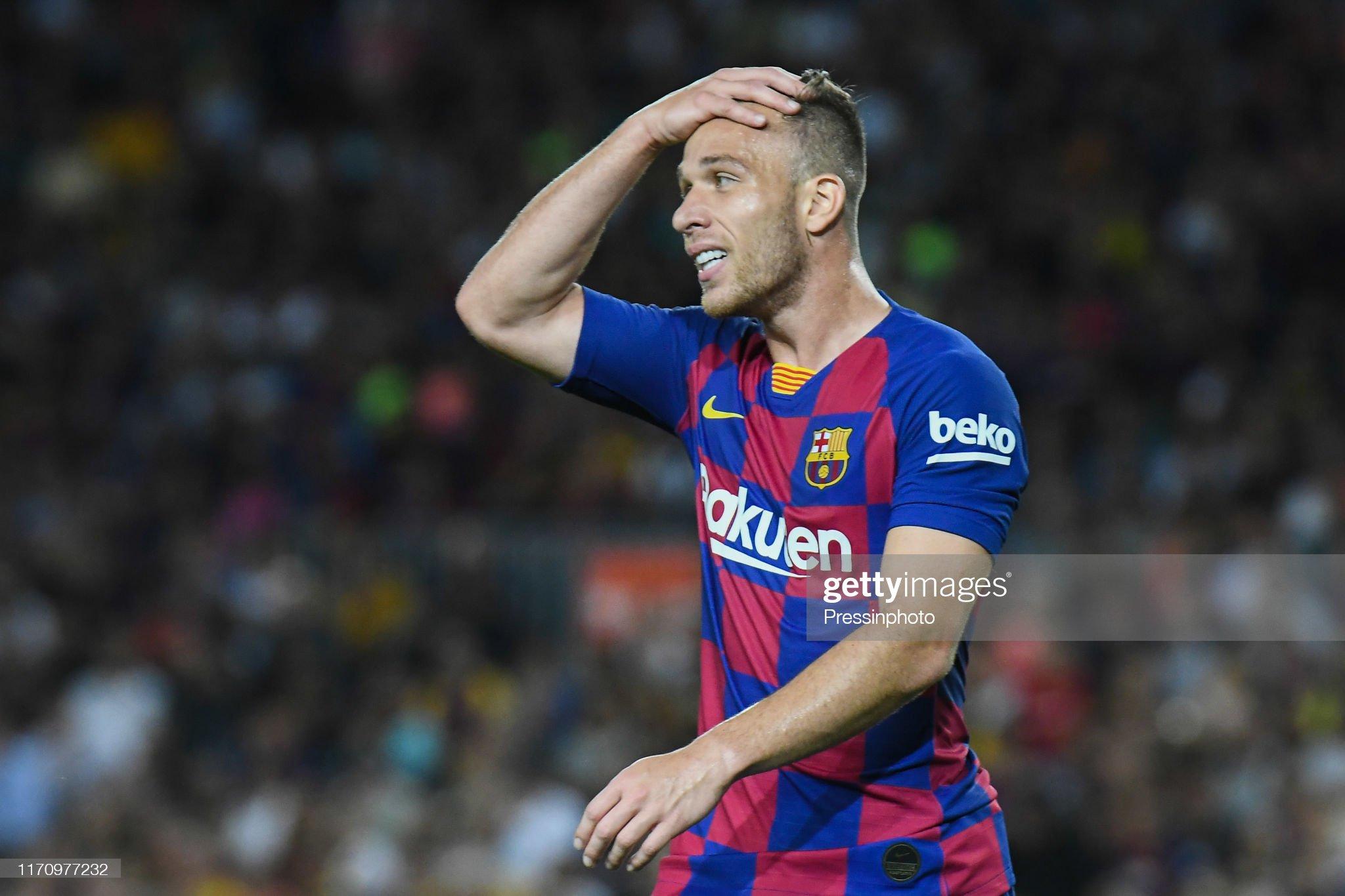 صور مباراة : برشلونة - فياريال 2-1 ( 24-09-2019 )  Arthur-melo-of-fc-barcelona-during-the-liga-match-between-barcelona-picture-id1170977232?s=2048x2048