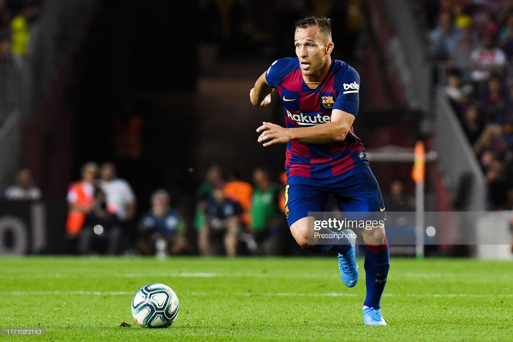صور مباراة : برشلونة - فياريال 2-1 ( 24-09-2019 )  Arthur-melo-of-fc-barcelona-during-the-liga-match-between-barcelona-picture-id1171023143?s=2048x2048