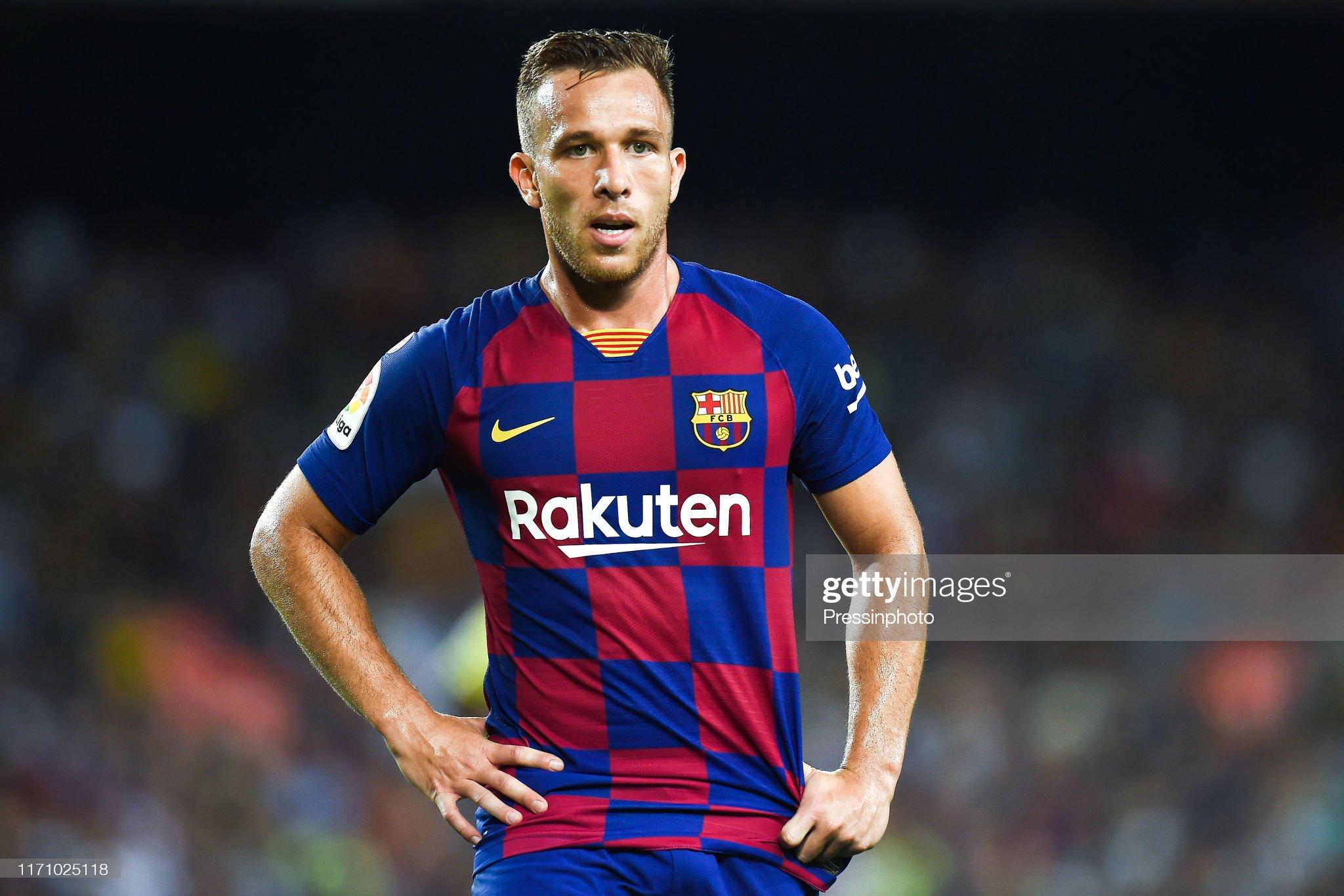 صور مباراة : برشلونة - فياريال 2-1 ( 24-09-2019 )  Arthur-melo-of-fc-barcelona-during-the-liga-match-between-barcelona-picture-id1171025118?s=2048x2048