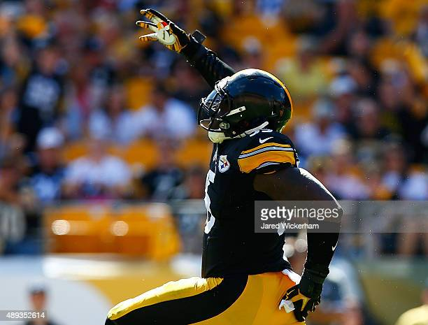 Arthur Moats of the Pittsburgh Steelers reacts following a sack of Colin Kaepernick of the San Francisco 49ers in the second half during the game at...