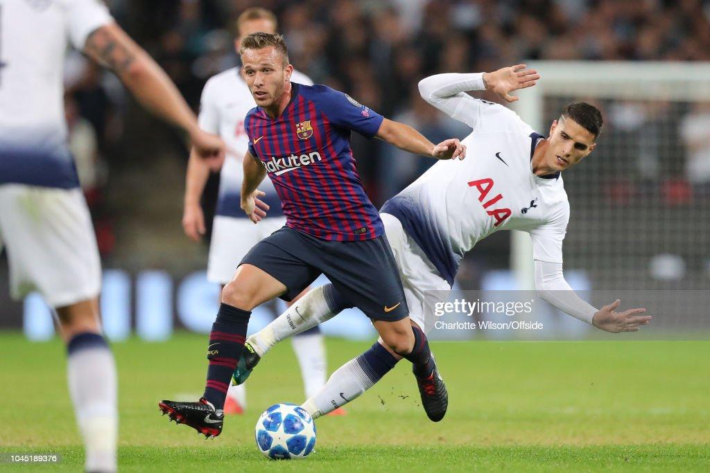 Tottenham Hotspur v FC Barcelona - UEFA Champions League Group B : ニュース写真
