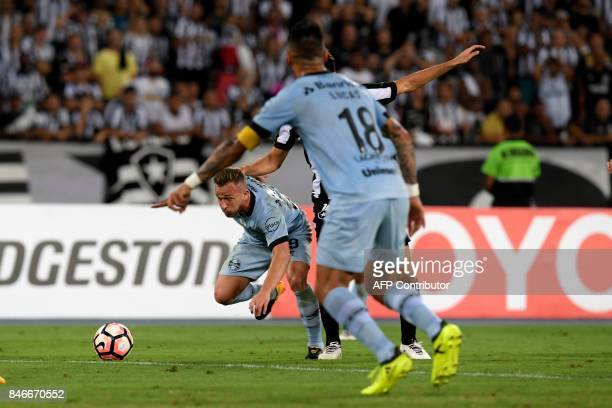 Arthur of Brazil's Gremio vies for the ball during their Copa Libertadores 2017 football match against Botafogo at Nilton Santos stadium on September...