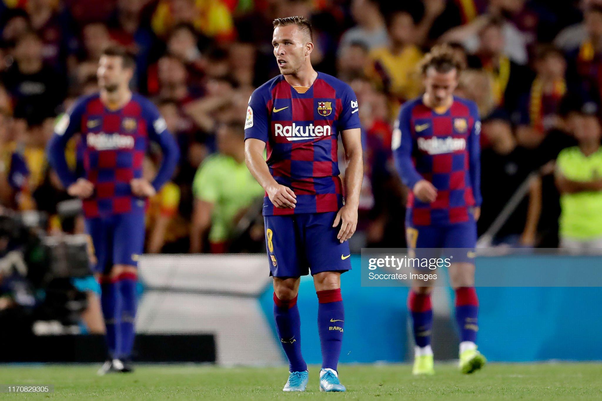 صور مباراة : برشلونة - فياريال 2-1 ( 24-09-2019 )  Arthur-of-fc-barcelona-during-the-la-liga-santander-match-between-fc-picture-id1170829305?s=2048x2048