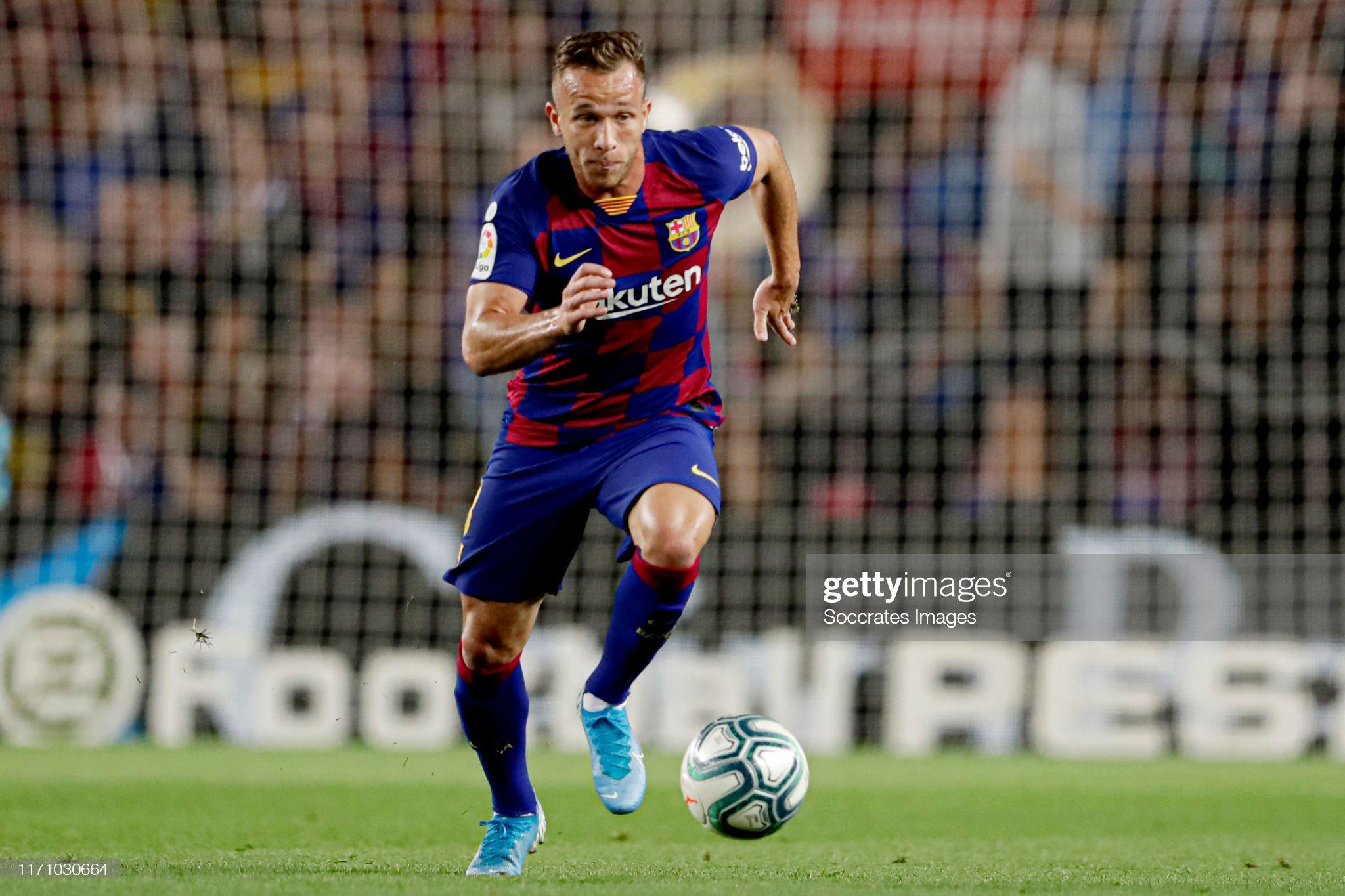 صور مباراة : برشلونة - فياريال 2-1 ( 24-09-2019 )  Arthur-of-fc-barcelona-during-the-la-liga-santander-match-between-fc-picture-id1171030664?s=2048x2048
