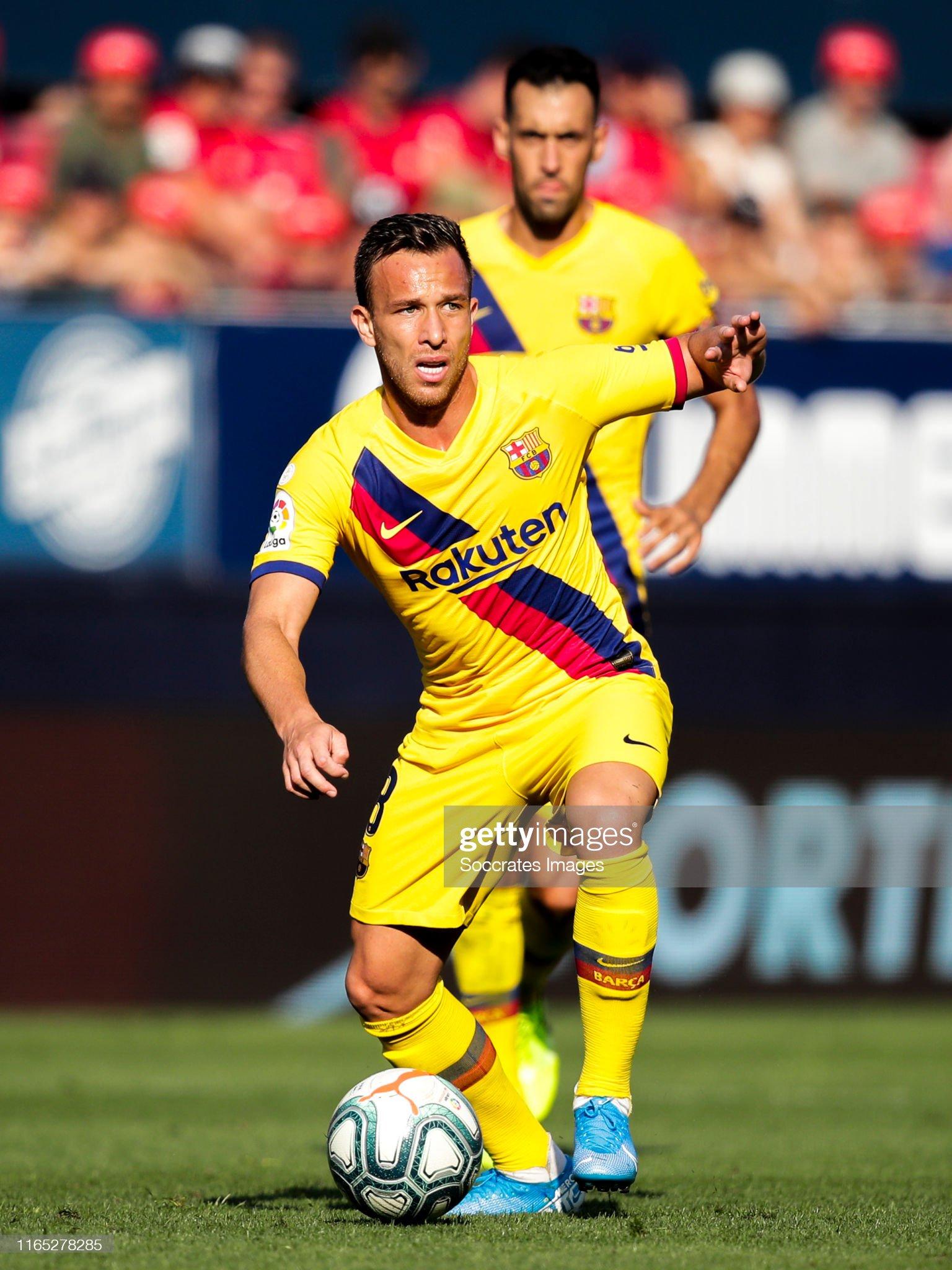 صور مباراة : أوساسونا - برشلونة 2-2 ( 31-08-2019 )  Arthur-of-fc-barcelona-during-the-la-liga-santander-match-between-v-picture-id1165278285?s=2048x2048