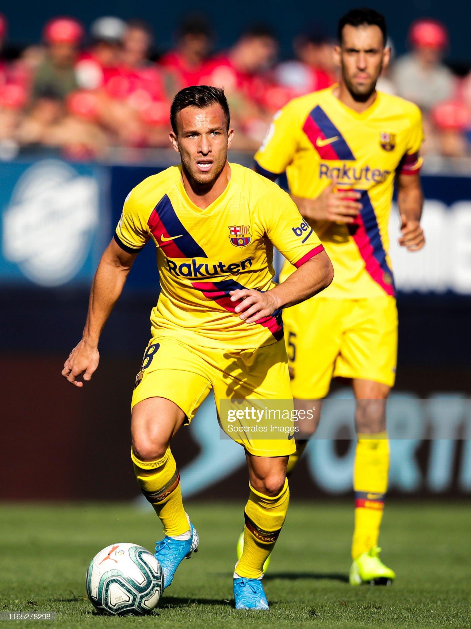 صور مباراة : أوساسونا - برشلونة 2-2 ( 31-08-2019 )  Arthur-of-fc-barcelona-during-the-la-liga-santander-match-between-v-picture-id1165278298?s=2048x2048