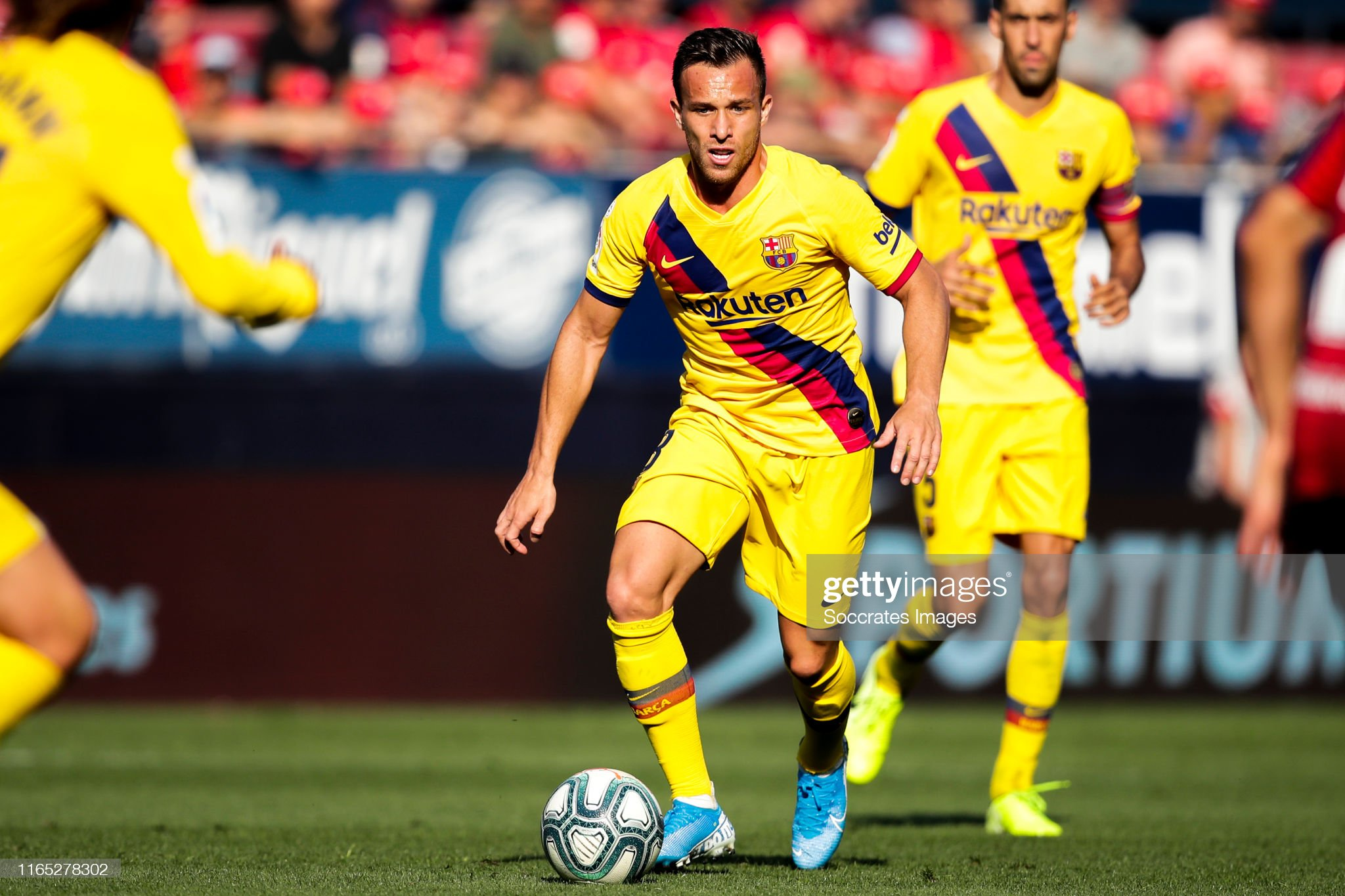 صور مباراة : أوساسونا - برشلونة 2-2 ( 31-08-2019 )  Arthur-of-fc-barcelona-during-the-la-liga-santander-match-between-v-picture-id1165278302?s=2048x2048