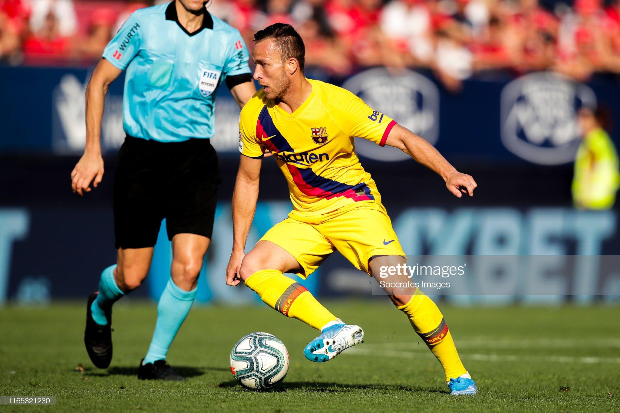 صور مباراة : أوساسونا - برشلونة 2-2 ( 31-08-2019 )  Arthur-of-fc-barcelona-during-the-la-liga-santander-match-between-v-picture-id1165321230?s=2048x2048