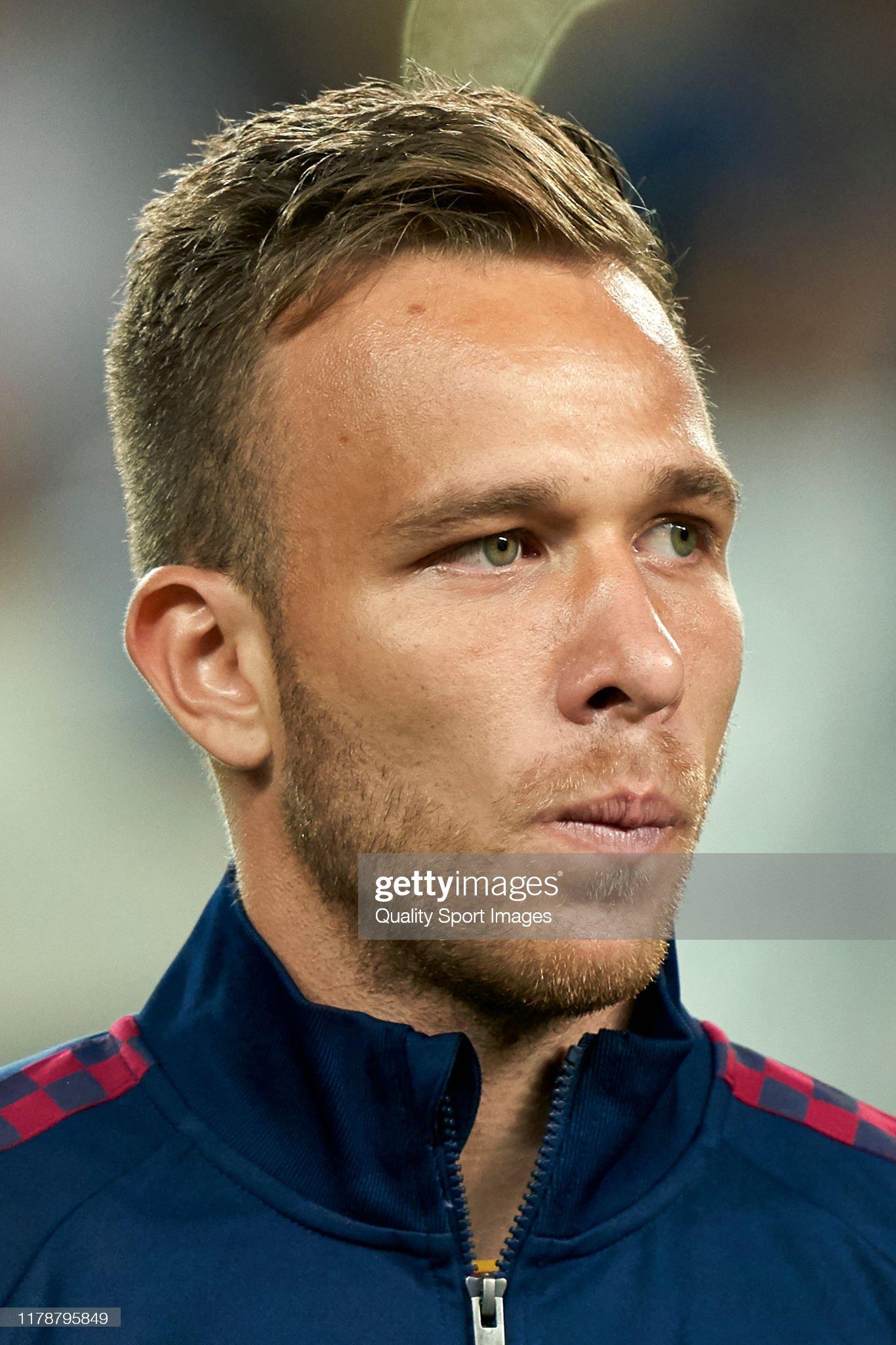 صور مباراة : برشلونة - إنتر 2-1 ( 02-10-2019 )  Arthur-of-fc-barcelona-looks-on-prior-to-the-uefa-champions-league-f-picture-id1178795849?s=2048x2048