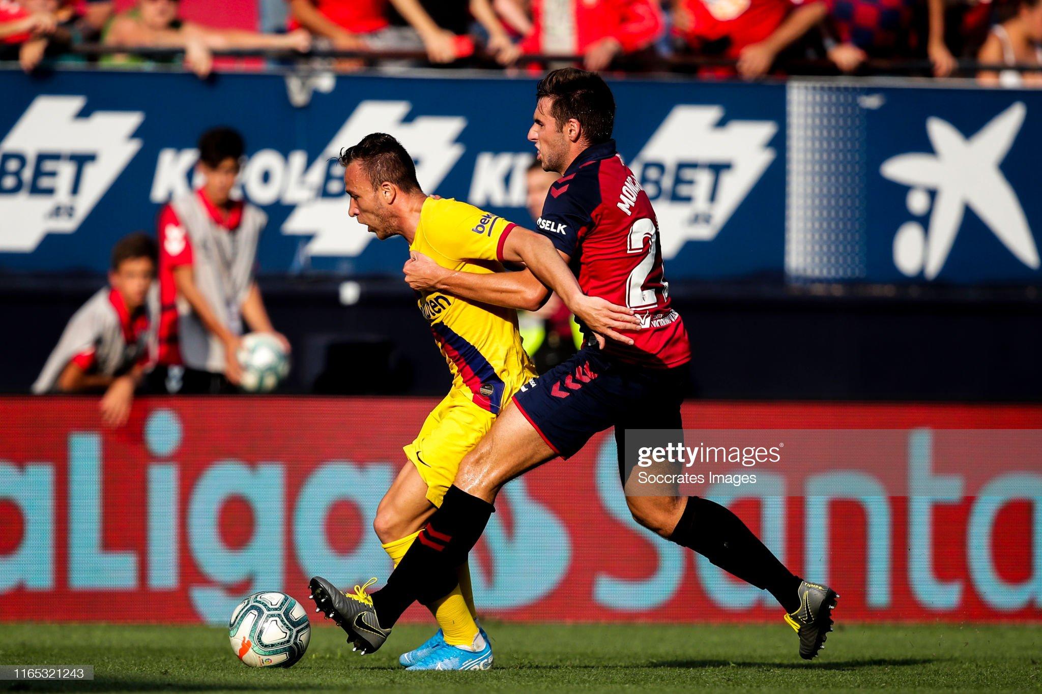 صور مباراة : أوساسونا - برشلونة 2-2 ( 31-08-2019 )  Arthur-of-fc-barcelona-nacho-vidal-of-ca-osasuna-during-the-la-liga-picture-id1165321243?s=2048x2048