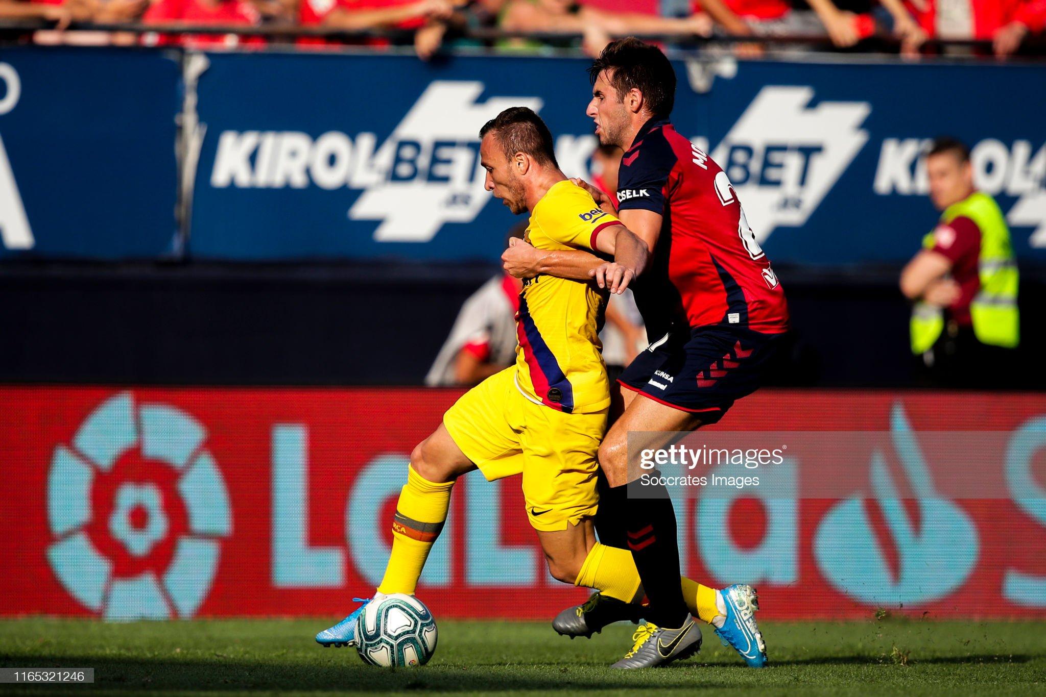 صور مباراة : أوساسونا - برشلونة 2-2 ( 31-08-2019 )  Arthur-of-fc-barcelona-nacho-vidal-of-ca-osasuna-during-the-la-liga-picture-id1165321246?s=2048x2048