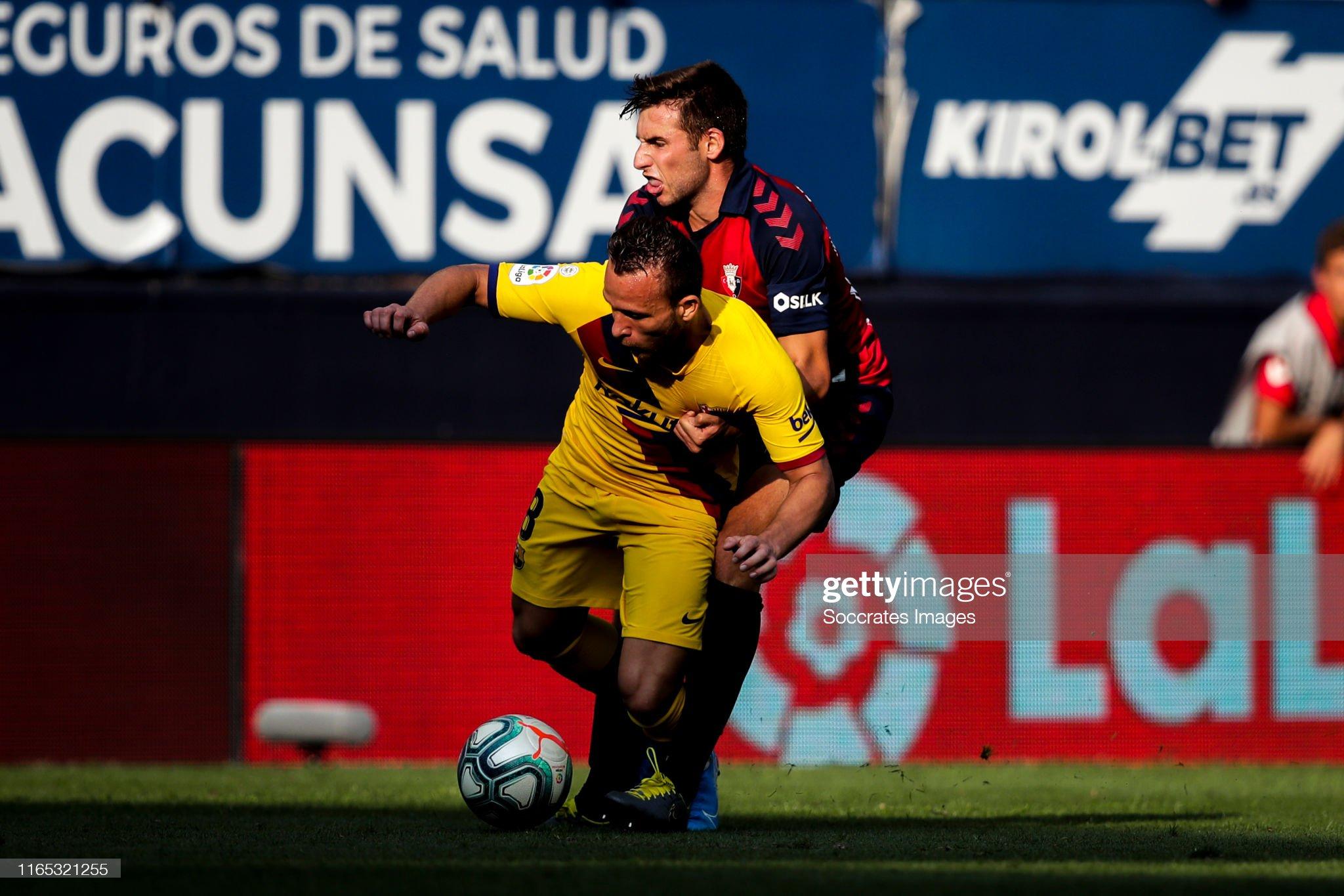 صور مباراة : أوساسونا - برشلونة 2-2 ( 31-08-2019 )  Arthur-of-fc-barcelona-nacho-vidal-of-ca-osasuna-during-the-la-liga-picture-id1165321255?s=2048x2048