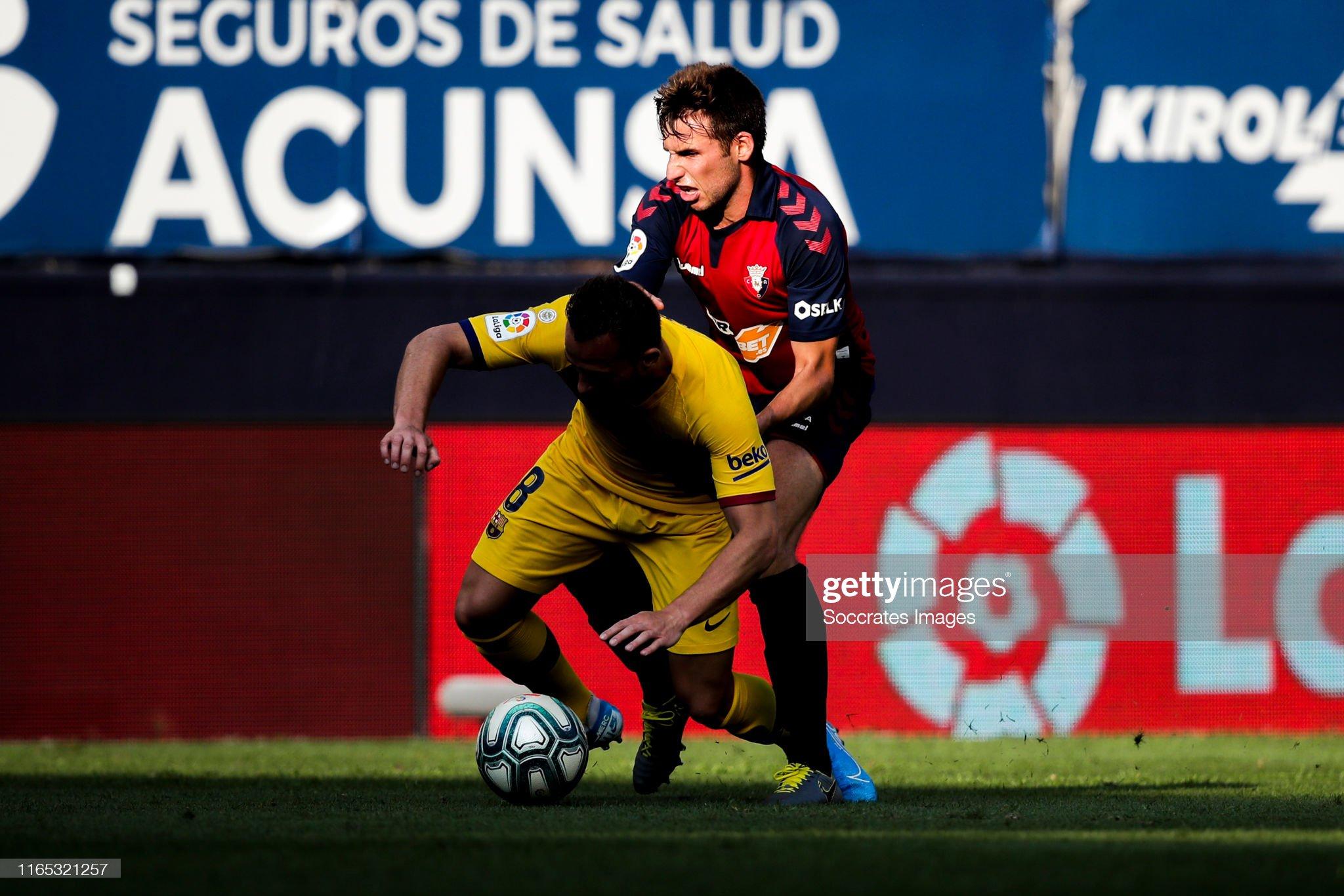 صور مباراة : أوساسونا - برشلونة 2-2 ( 31-08-2019 )  Arthur-of-fc-barcelona-nacho-vidal-of-ca-osasuna-during-the-la-liga-picture-id1165321257?s=2048x2048