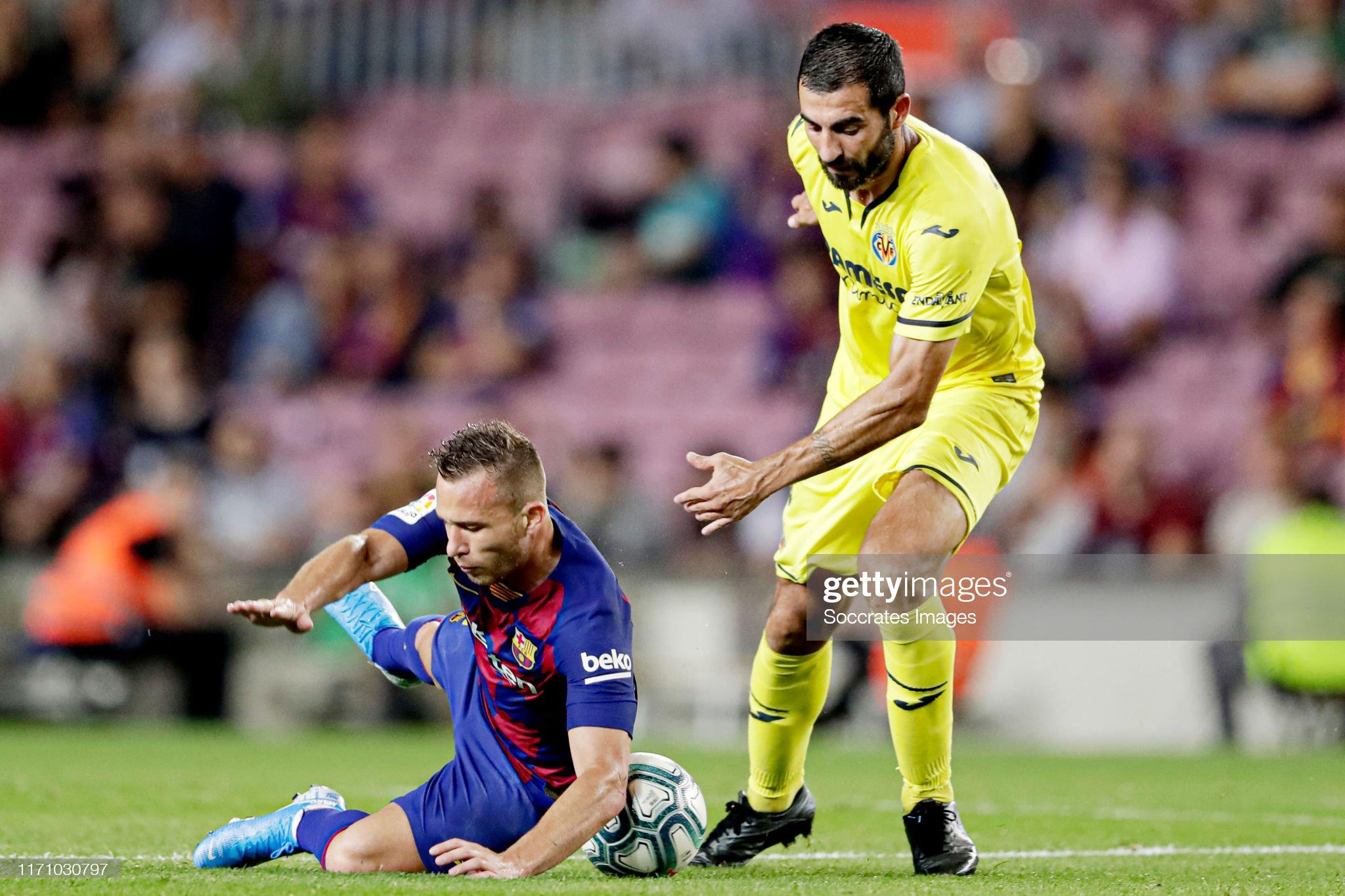 صور مباراة : برشلونة - فياريال 2-1 ( 24-09-2019 )  Arthur-of-fc-barcelona-raul-albiol-of-villarreal-during-the-la-liga-picture-id1171030797?s=2048x2048