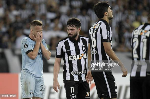 Arthur  of Gremio reacts during the match between Botafogo and Gremio as part of Copa Bridgestone Libertadores 2017 QuarterFinals at Engenhao...