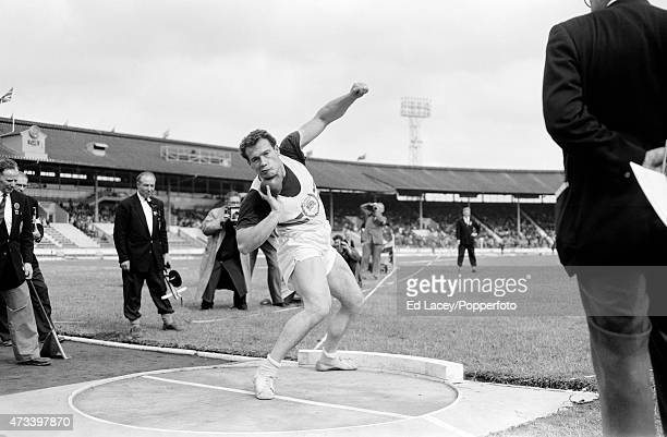 Arthur Rowe of Great Britain in action on 7th August 1961