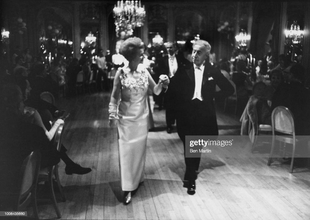 Arthur Rubinstein and his wife Aniela Mylnarski  News Photo