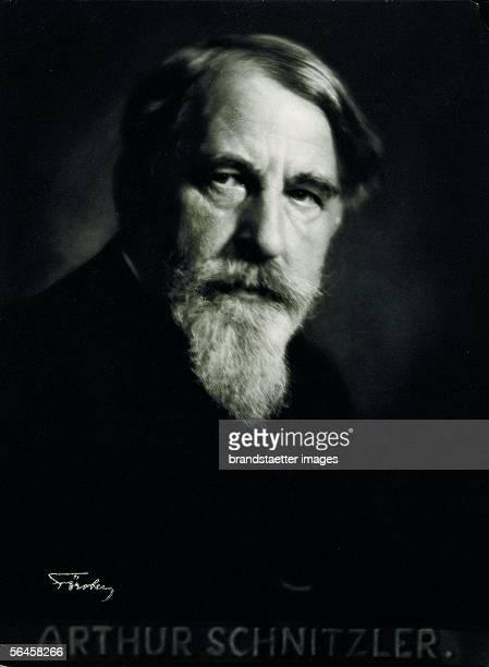Arthur Schnitzler austrian writer dramatist Photography by Ernst Foerster dramatist Vienna Around 1910 [Arthur Schnitzler oesterreichischer...