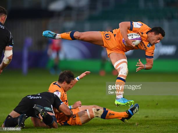 Arthur Vincent of Montpellier evades a tackle during the European Rugby Challenge Cup match between Bath Rugby and Montpellier at Recreation Ground...
