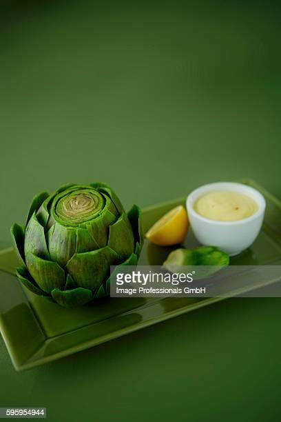 Artichoke with Lemon Dip