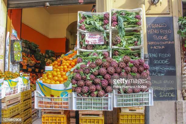 artichokes - petra invernizzi stock pictures, royalty-free photos & images