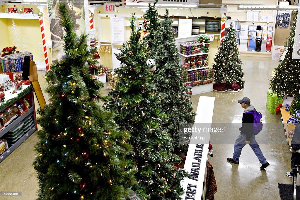 Home Depot Trims Artificial Christmas Tree Inventory Photos and ...
