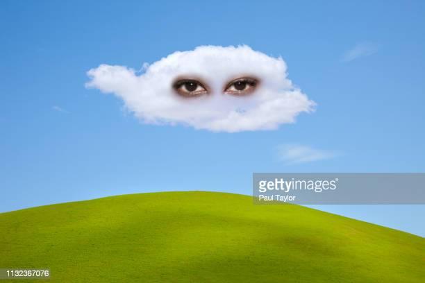 artificial intelligence in cloud - avatar foto e immagini stock
