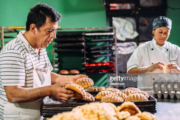 artisan bakery - mexican ethnicity stock pictures, royalty-free photos & images