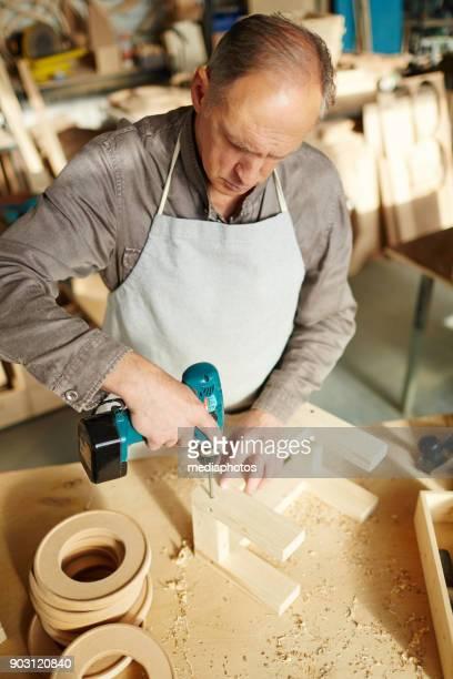 Handwerkliche Herstellung Holz Spielzeug