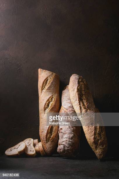 artisan rye and whole grain bread - artisanal food and drink stock pictures, royalty-free photos & images