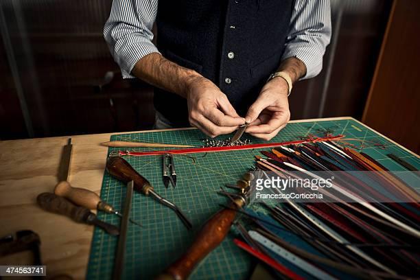 Kunsthandwerkliche Arbeiten mit Leder