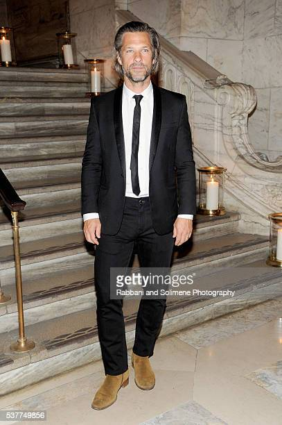 Artist Aaron Young attends the CHANEL Fine Jewelry Dinner supporting treasures from the New York Public Library Collection at the New York Public...