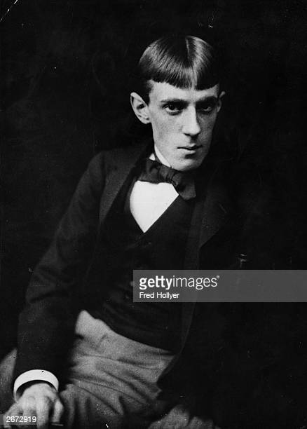Artist and illustrator Aubrey Vincent Beardsley leading member of the Aesthetic Movement His work is wellknown through 'The Yellow Book' and his...