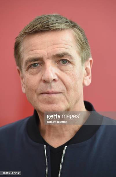 Artist Andreas Gursky stands in front of his work 'Rueckblick' at Museum Frieder Burda in BadenBaden Germany 02 October 2015 The art work is part of...