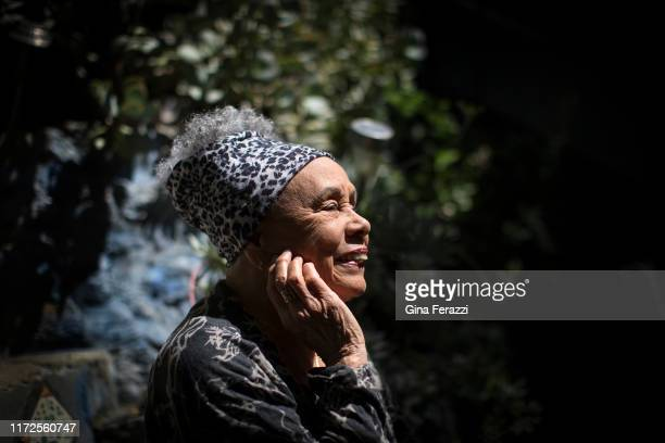 Artist Betye Saar is photographed for Los Angeles Times on April 22 2016 in Los Angeles California PUBLISHED IMAGE CREDIT MUST READ Gina Ferazzi/Los...