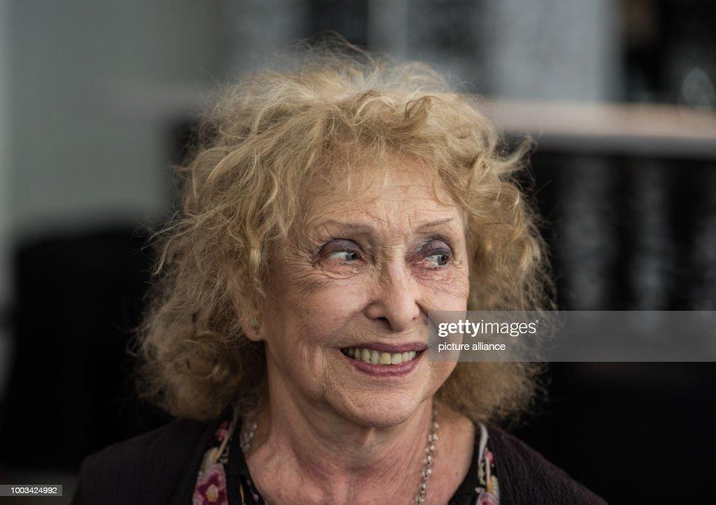 Carolee Schneemann : News Photo