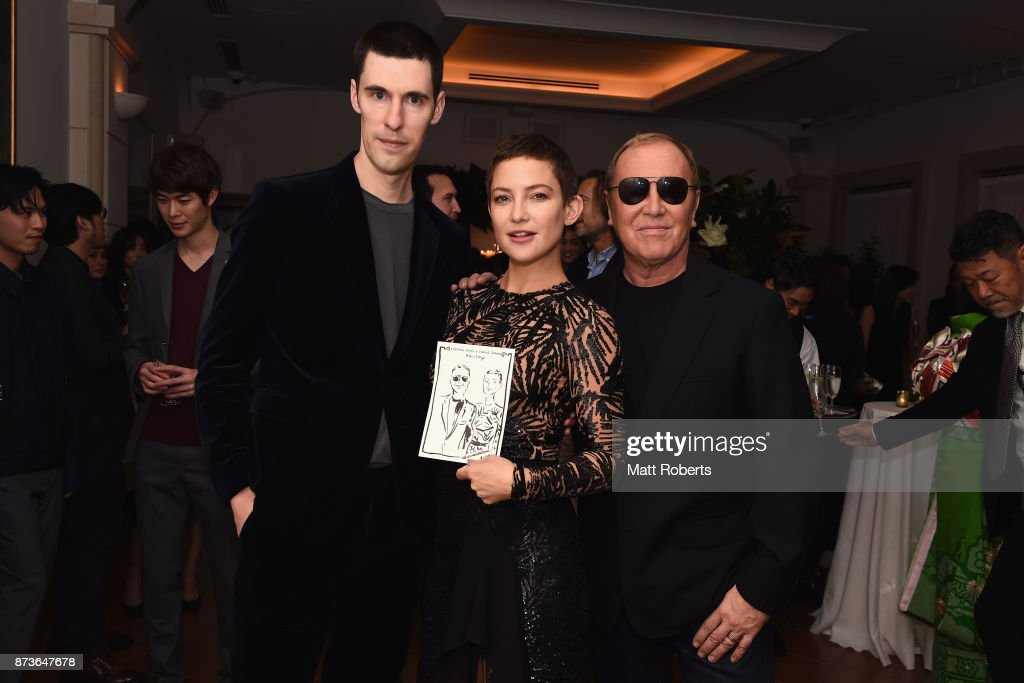Artist Clym Evernden, actress Kate Hudson and designer Michael Kors attend the Michael Kors And Vogue Japan Celebrate Kate Hudson's Work With Watch Hunger Stop In Support Of The World Food Programme on November 13, 2017 in Tokyo, Japan.
