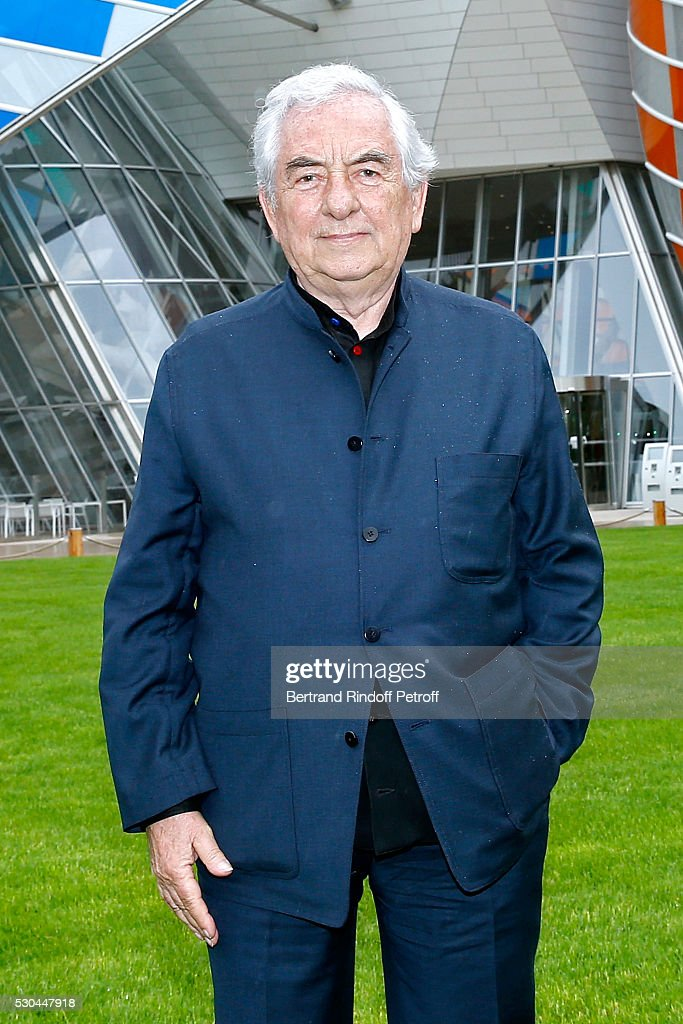 """""""Observatory of Light, Work in Situ"""" : Foundation Louis Vuitton Presents A Temporary Work By Daniel Buren : Press Preview : News Photo"""