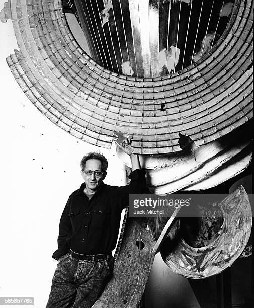 Artist Frank Stella 1987 Photo by Jack Mitchell/Getty Images