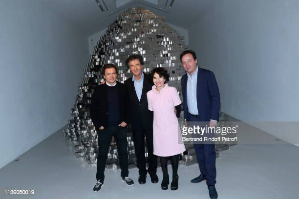 Artist JeanMichel Othoniel Jack Lang his wife Monique Lang and Galerist Emmanuel Perrotin attend the JeanMichel Othoniel Oracle Exhibition Preview at...