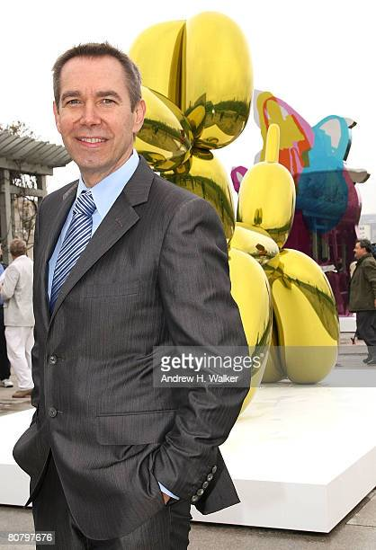Artist Jeff Koons attends a press preview of 'Jeff Koons On the Roof' at The Metropolitan Museum of Art on April 21 2008 in New York City
