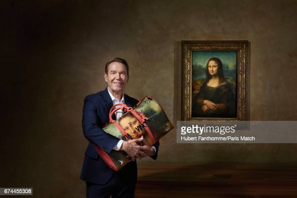 Artist Jeff Koons with his new collection of Masters of Louis Vuitton inspired by the painting of Leonardo da Vinci at the Louvre April 11 2017 in...
