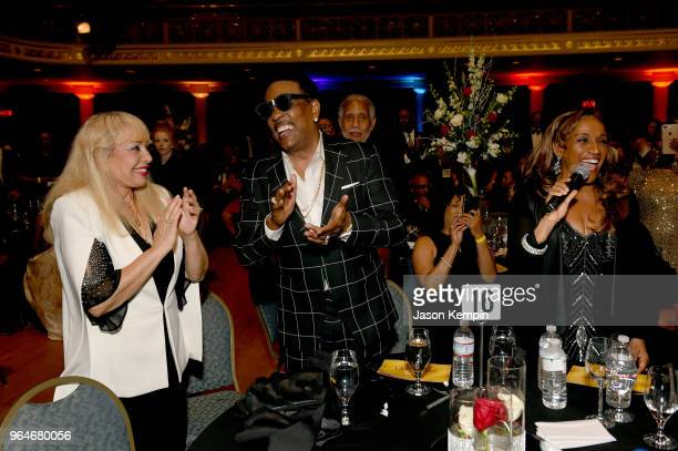 Artist Kathy Sledge performs in the crowd next to Mahin Wilson and musician Charlie Wilson during NMAAM Celebration of Legends Galaon May 31 2018 in...